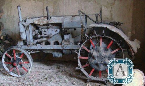 Модели тракторов в масштабе 1:43