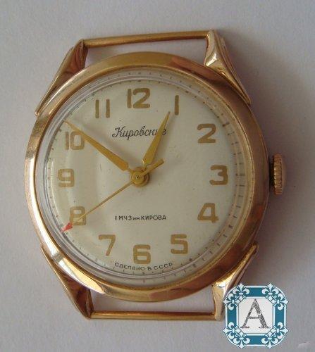 Золотые спб продать в часы ссср часа стоимость носитель в москве английского